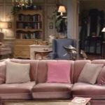 Screenshot des Wohnzimmers der Tanners