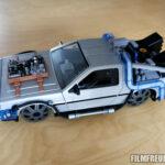 DeLorean mit Schienenädern und Hood-Box