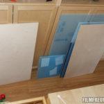 Holz- und Plexiglaszuschnitte